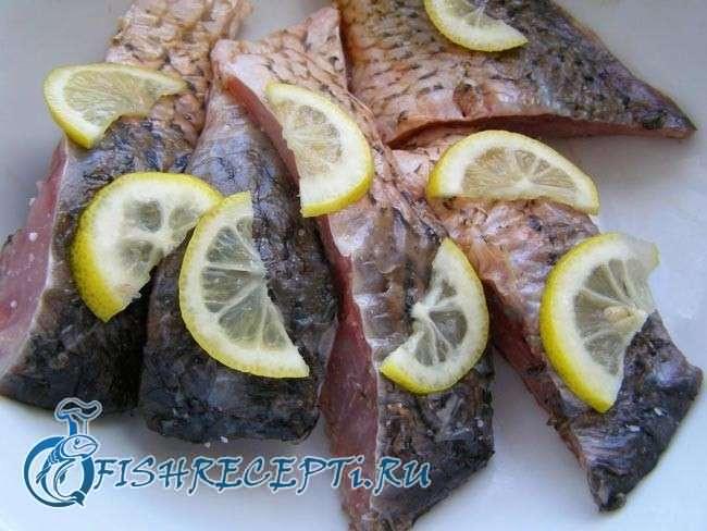 речная рыба в мультиварке